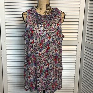 NWOT CAbi Floral Sleeveless Top-Sz L